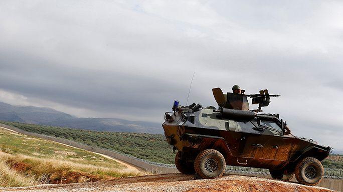 Török tankokat telepítenek az iraki határhoz