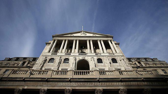 Bank of England: gazdaságbővülést és emelkedő inflációt hoz 2017