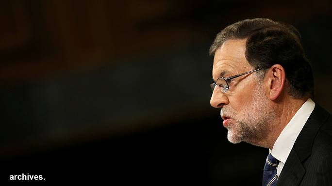Spagna: presentato il nuovo governo, rinnovato a metà