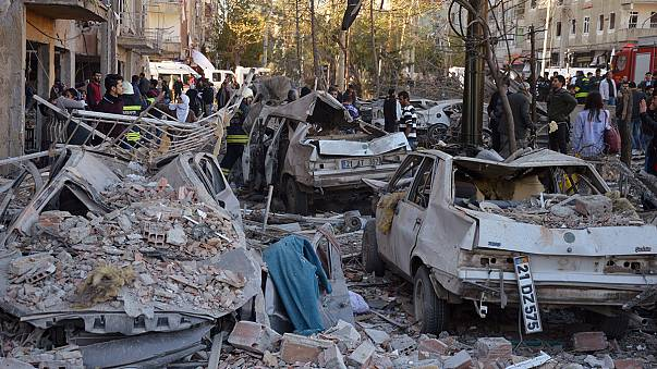 Turkey: deadly explosion rocks Diyarbakir after HDP raids