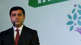 HDP-Abgeordnete werden dem Haftrichter vorgeführt