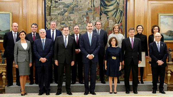 Rajoys Minister leisten Amtseid in Madrid