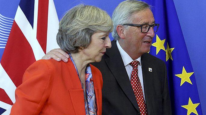Döccenőkkel indulhat a brexit folyamata