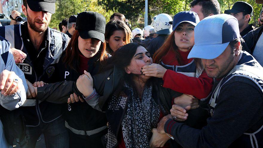 Διαδηλώσεις Κούρδων για τις συλλήψεις των ηγετικών τους στελεχών