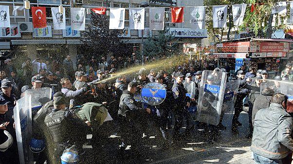Protestations kurdes en Turquie et en Allemagne