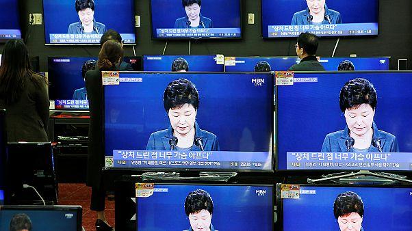 Mais de 40 mil sul-coreanos exigem a demissão da Presidente Park Geun-hye