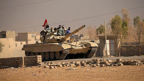 Irak Ordusu Musul'daki ilerleyişini sürdürüyor