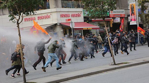 Nach Festnahmen: Proteste in der Türkei, Deutschland und Frankreich