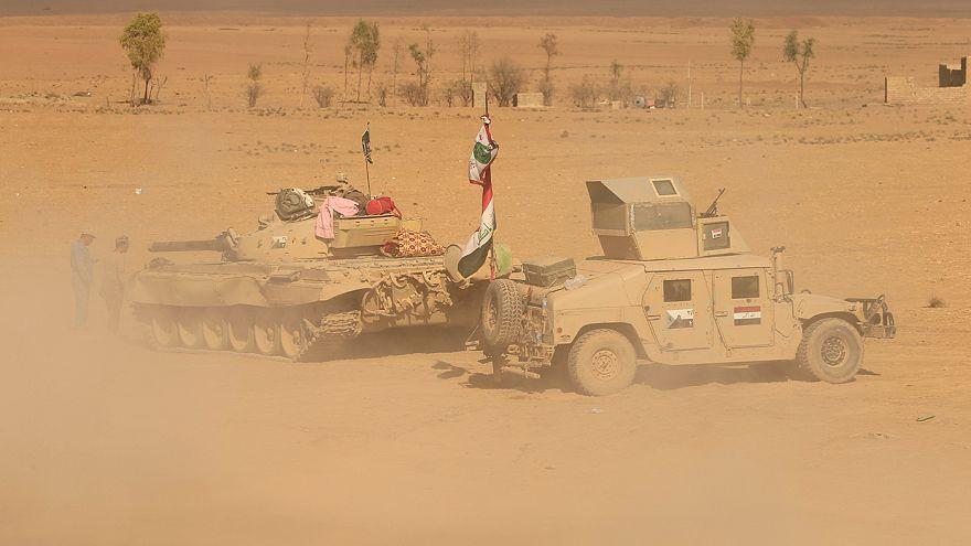 """الجيش العراقي يستعيد """"حمام العليل"""" جنوب الموصل"""