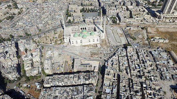 Drónfelvétel az aleppói pusztításról