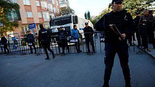 حزب الشعوب الديمقراطي يقرر وقف نشاطاته التشريعية في البرلمان التركي