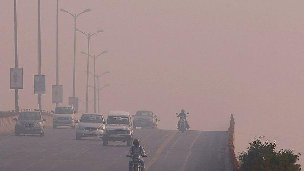 Índia: Pico de poluição coloca Nova Deli em estado de emergência
