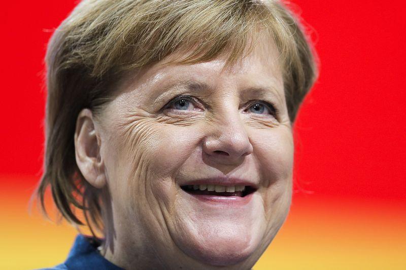 Напутственное слово Меркель: Остерегайтесь правых и поляризации общества