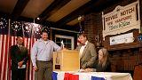 قرية ديكفسيل نوتش تطلق رمزيا الانتخابات الأميركية