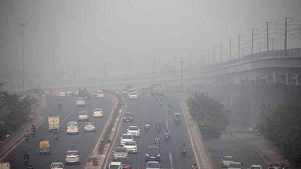 Las autoridades indias ponen en marcha medidas contra la contaminación en Nueva Delhi
