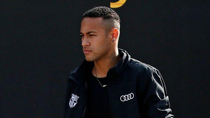 Neymar arrisca julgamento mas não está só