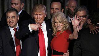 """Clinton ofrece a Trump """"trabajar con él en nombre del país"""" y pide a sus seguidores que den la opción de liderar al magnate"""
