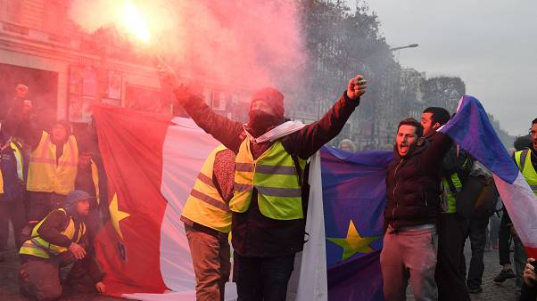 Image: 'Yellow Vests' Return to Paris Streets