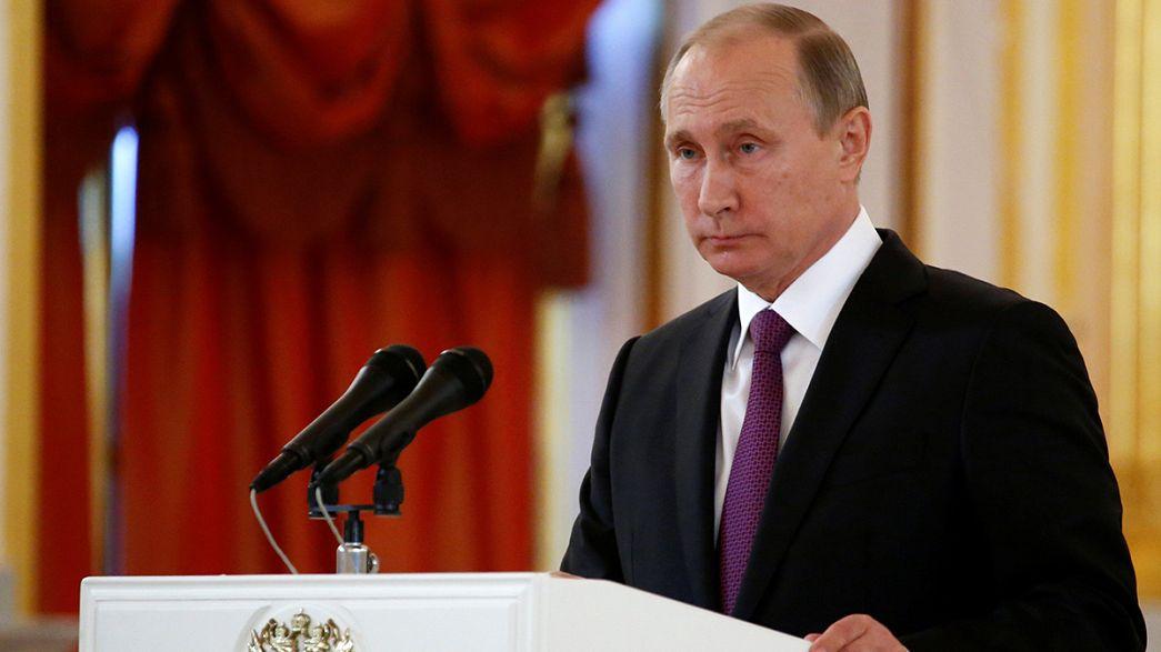 """Putin tem """"esperança"""" na melhoria das relações entre a Rússia e os EUA"""
