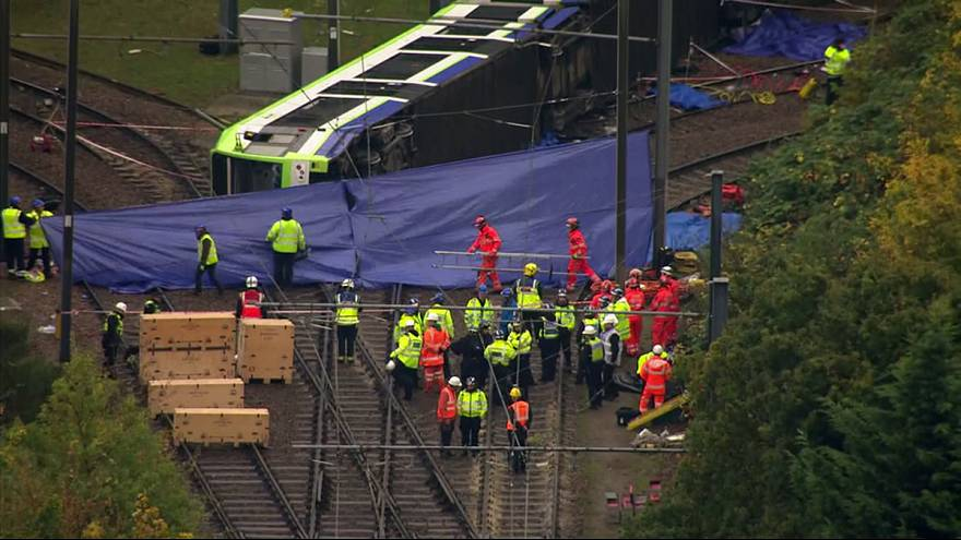 At least 7 dead in London tram accident