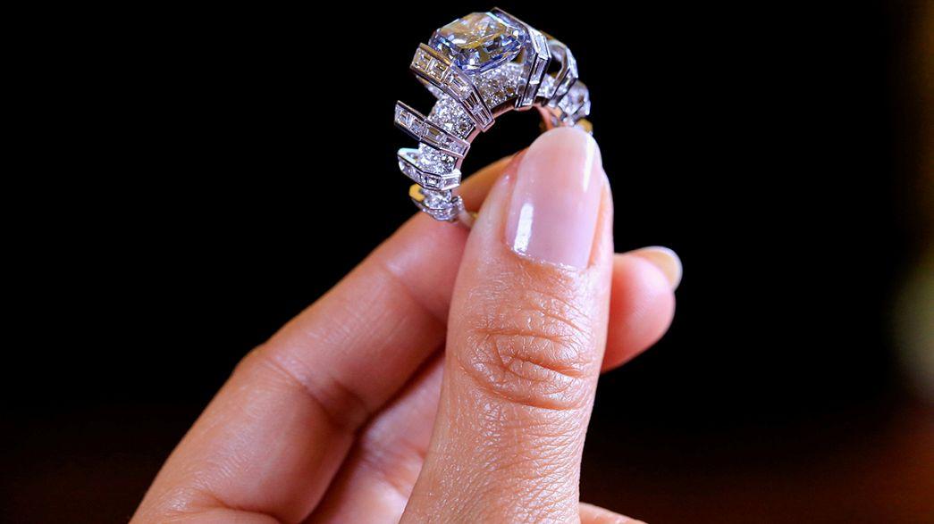 خاتم مُرصع بماسة زرقاء قد يُباع قريبا بـ: 25 مليون جنيه إسترليني