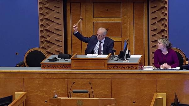 Estonian government collapses as PM loses confidence vote