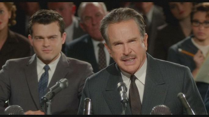"Warren Beatty ist Howard Hughes in ""Rules Don't Apply"""
