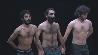 """""""Déplacement"""" la belle et contrariée chorégraphie de Mithkal Alzghair"""