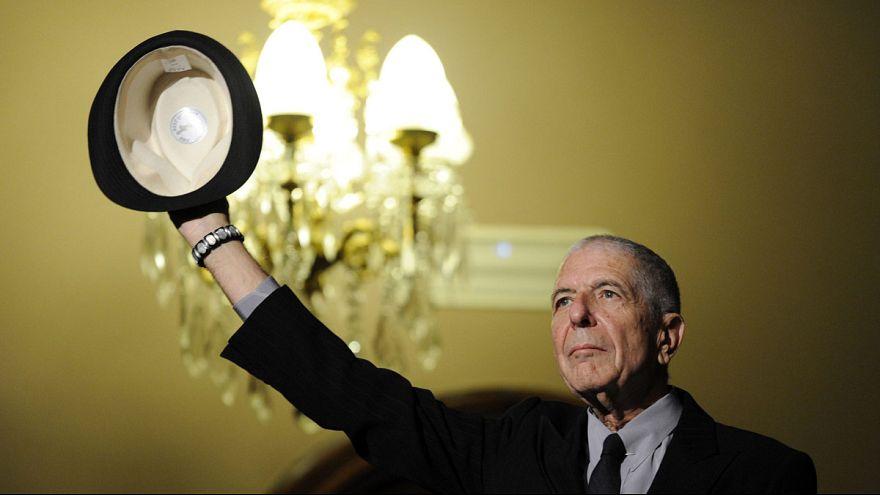 Efsanevi müzisyen, şair ve yazar Leonard Cohen hayatını kaybetti