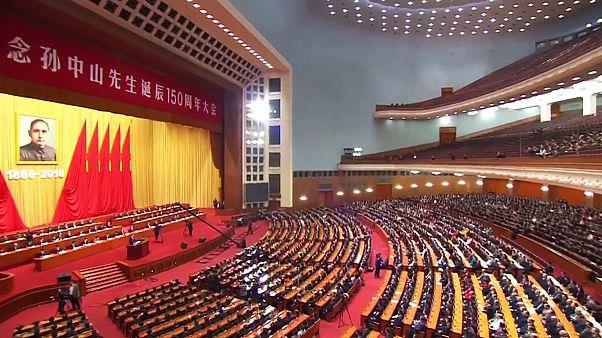 Chine : Xi appelle à l'unité sur fond de tensions avec Taïwan et Hong Kong