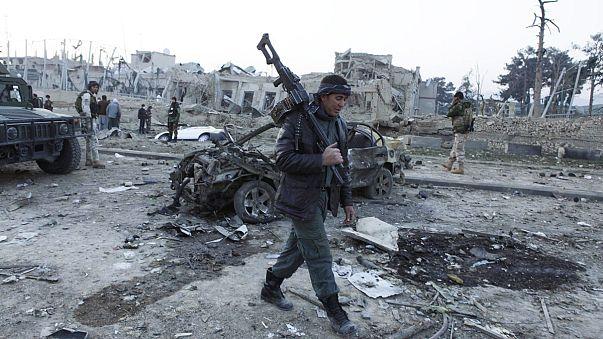 Мазари-Шариф: шесть человек погибли в результате атаки на консульство ФРГ