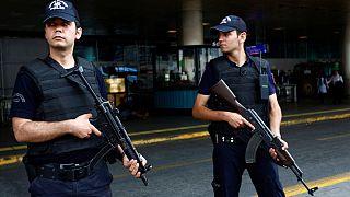 ترکیه؛ مدیر اجرایی روزنامه جمهوریت بازداشت شد