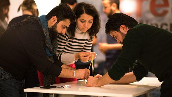 Suriyeli mültecilere 14 ilde girişimcilik eğitimi verilecek