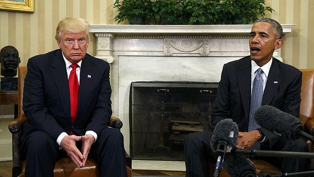 EUA: As fotografias que dizem tudo do primeiro encontro Obama-Trump