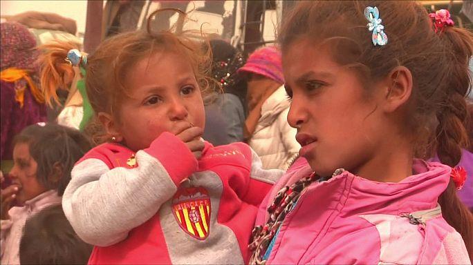 Наступление на Ракку: тысячи человек бегут из своих домов