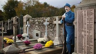 Menschen weltweit gedenken Ende des 1.Weltkriegs