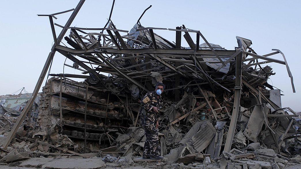 Cuatro muertos en un ataque suicida dentro de la base área de Bagram en el norte de Afganistán