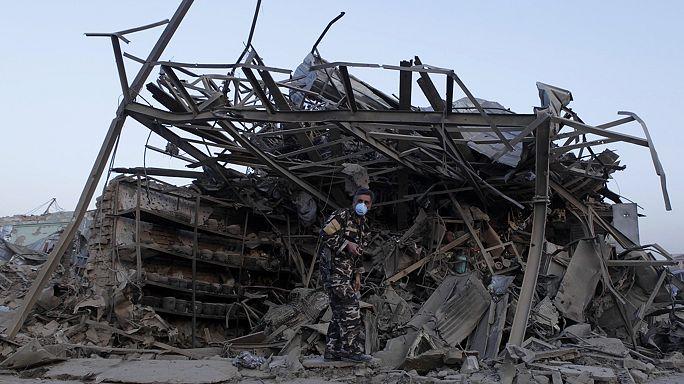 Ataque bombista Taliban na maior base da NATO no Afeganistão