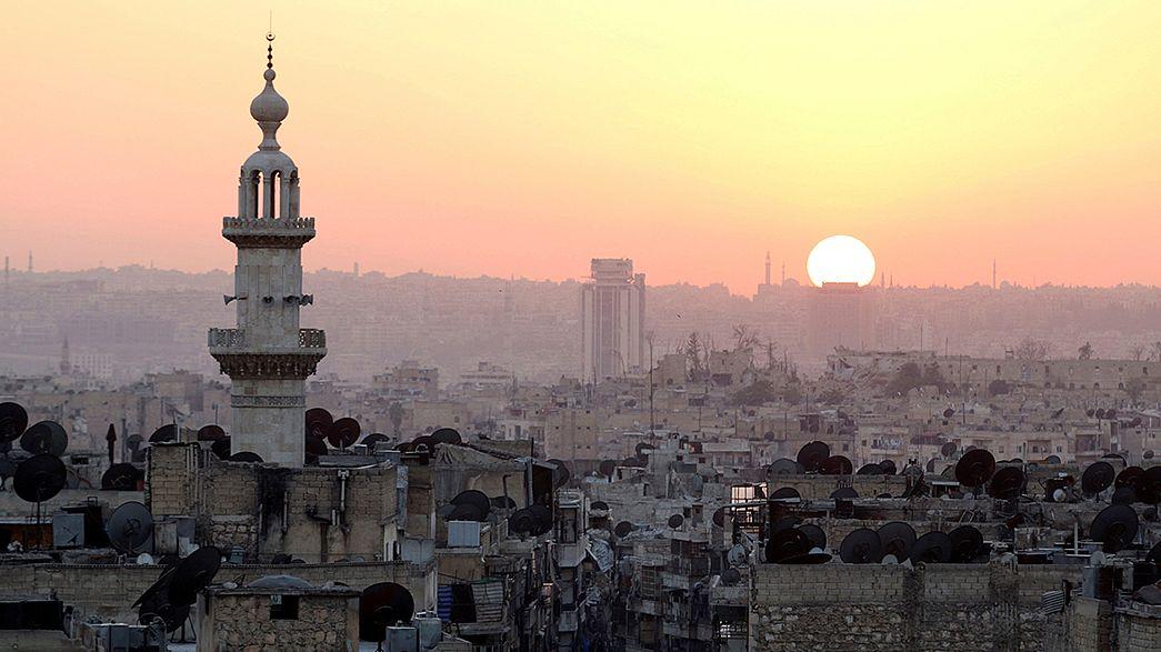 Intenses combats en Syrie, sur les fronts d'Alep et de Raqqa