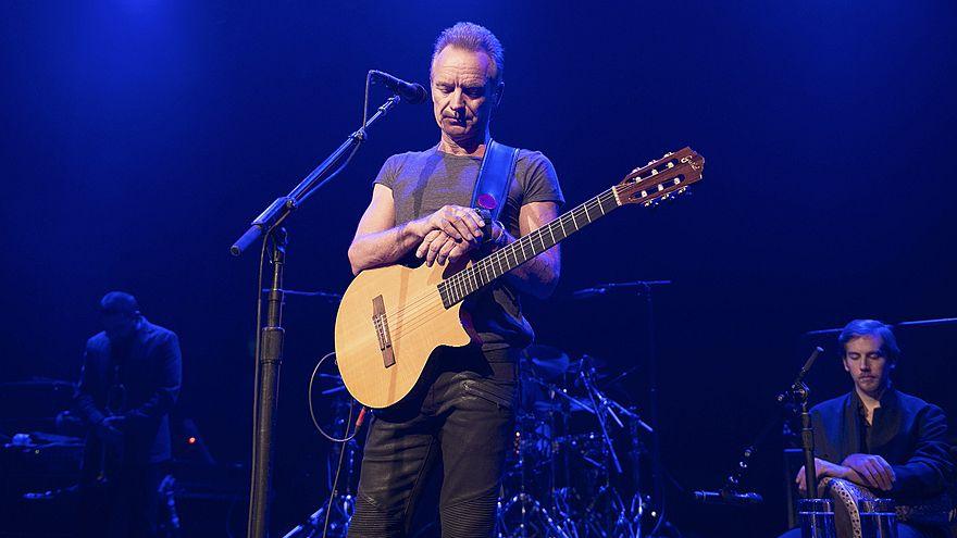 La música vuelve a Le Bataclan un año despúes, con Sting