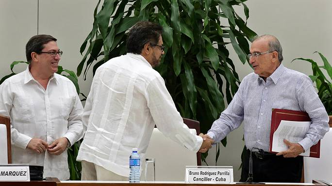 Colombia: siglato a Cuba un nuovo accordo di pace tra il governo e le Farc