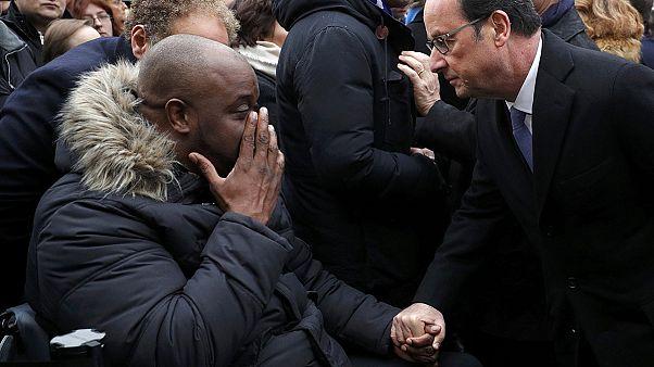 Jahrestag der Terroranschläge von Paris - stilles Gedenken