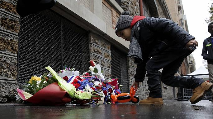 A morte à minha volta: os ataques de Paris, um ano depois