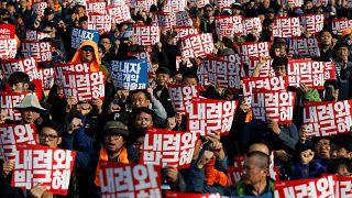Corea del Sud, manifestazione record per chiedere le dimissioni della presidente Park