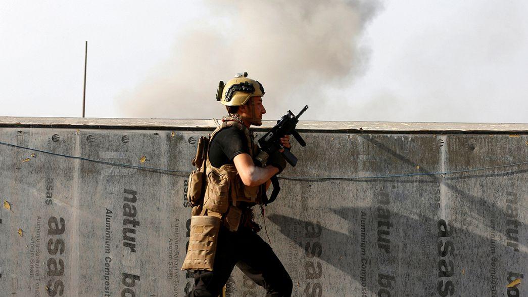 Exército iraquiano aperta cerco a Mossul