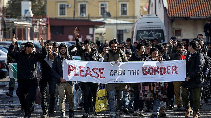 Migranten in Serbien: zu Fuß zur EU-Grenze, aber nicht weiter