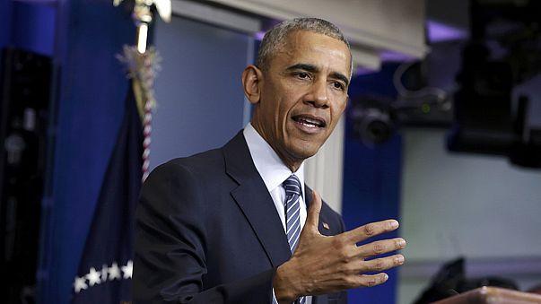 """EUA: Obama garante que Donald Trump está """"comprometido"""" com a NATO"""