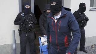 Berlin interdit un groupe salafiste, multiples perquisitions