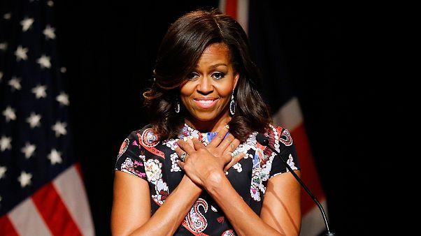 """Etats-Unis : une fonctionnaire traite Michelle Obama de """"singe en talons"""""""