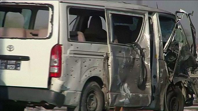 Afghanistan : attaque suicide contre un minibus officiel